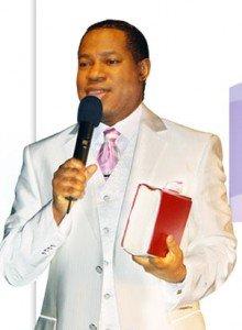 Nigéria ou le pays des pasteurs millionnaires en dollars pasteur-chris1